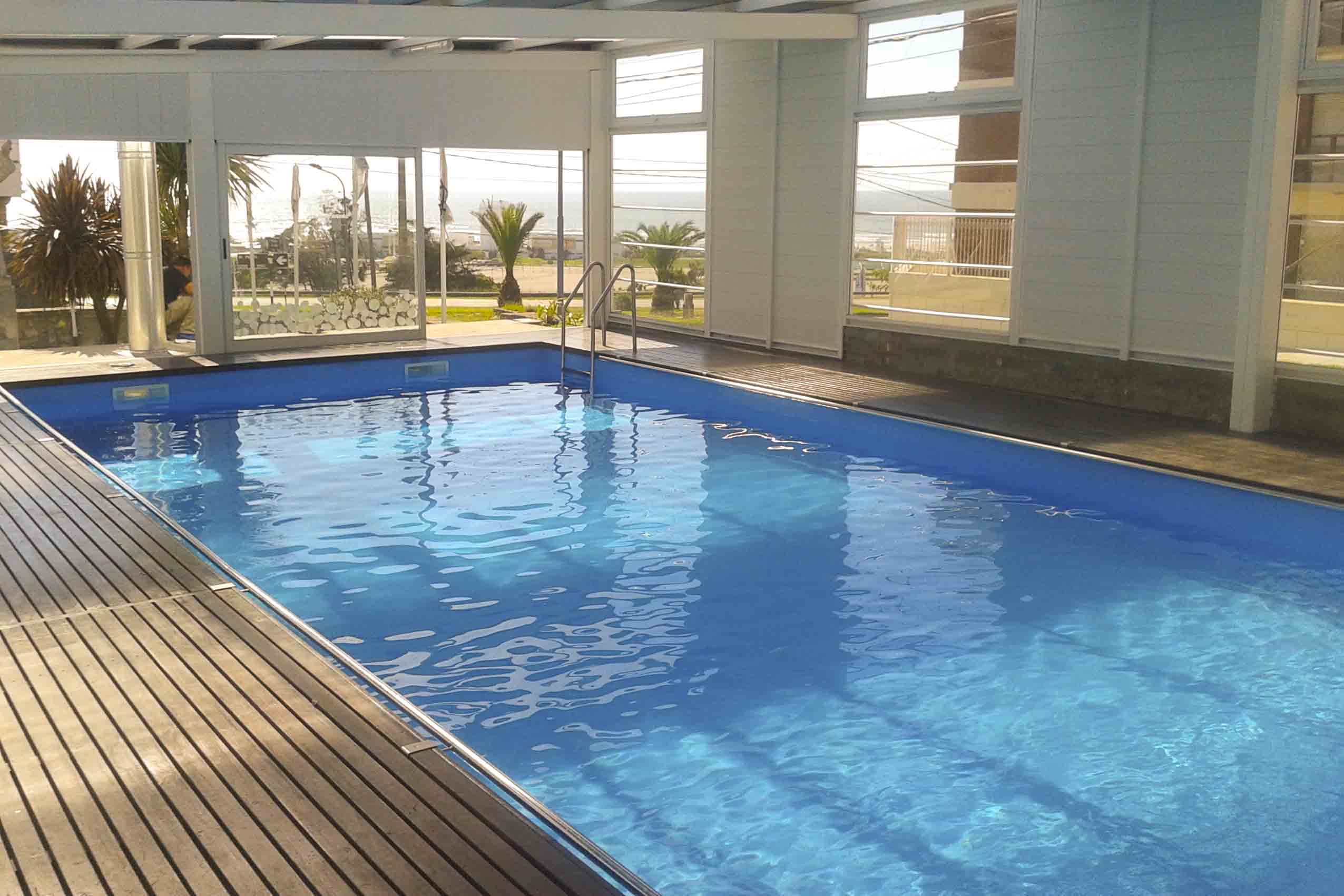 Grand hotel santa teresita mar del plata punta mogotes for Piletas naturales argentina